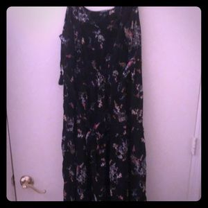 Very brunchy maxi dress worn only once
